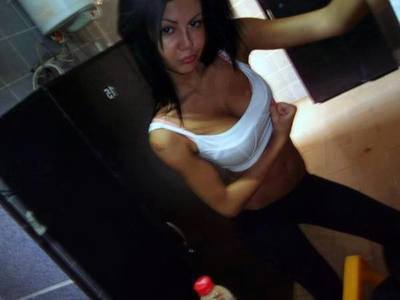 Meet local singles like Oleta from Chehalis, Washington who want to fuck tonight