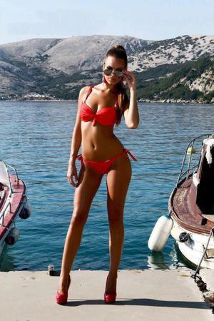Iona is looking for adult webcam chat