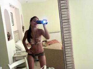 Roseanne from  is looking for adult webcam chat