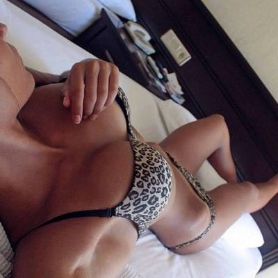 Janna is looking for adult webcam chat