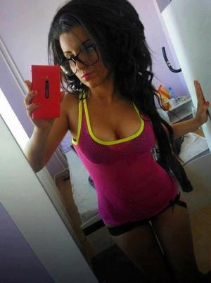 Kristel from Kentucky is interested in nsa sex with a nice, young man