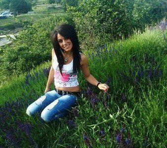 Zula from Wasilla, Alaska is looking for adult webcam chat