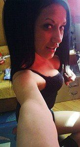 Melanie from King And Queen Court House, Virginia is looking for adult webcam chat